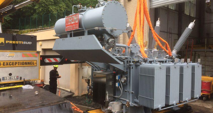 photo de déchargement de transformateur